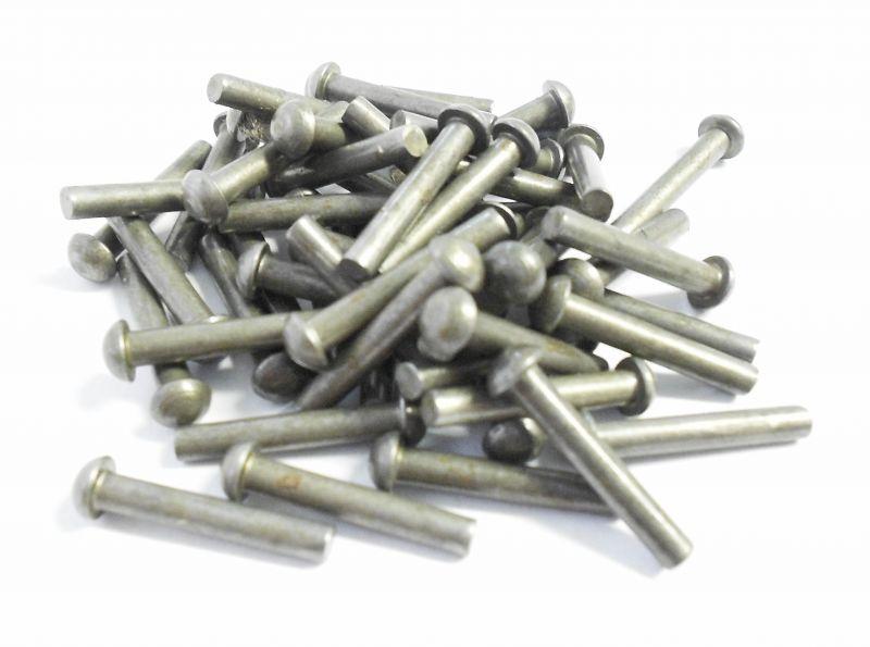 Steel Roundhead Rivets